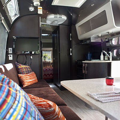 airstream interieur design utour d 39 une tesselle. Black Bedroom Furniture Sets. Home Design Ideas